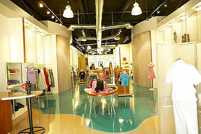 Come ottenere vestiti per avviare un negozio di abbigliamento usato